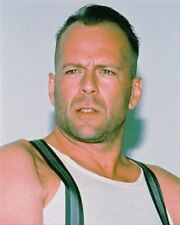 BRUCE WILLIS AS JOHN MCCLANE FROM D Poster Print 24x20""