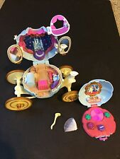 Vintage Cinderella BLUEBIRD Polly Pocket Carriage Coach Castle RARE