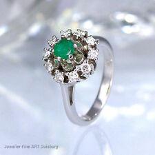 Ring in 585/- Weißgold -  1 Smaragd und 10 Diamanten 0,30 ct. Wesselton/VSI