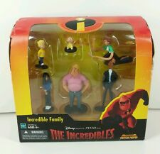 Rare Set of The Incredibles Incredible Family Casual Dress New Minor Dmg 2000