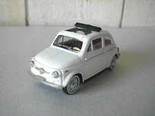 SOLIDO FIAT 500 1957 EN METAL BLANC AU 1/43 MADE IN FRANCE