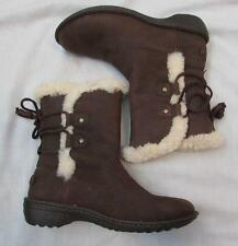 UGG womens 8 Akadia dark brown leather lambs wool lining boots NEW