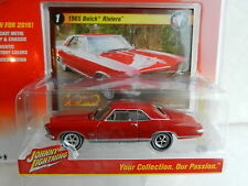 2016 Johnny Lightning *CLASSIC GOLD R1A* Red 1965 Buick Riviera *NIP*
