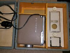 Minolta Mini 35 Slide Projector  / Good Bulb and Wood Case