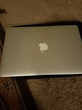 Apple Macbook Air Core i5 1.6GHz 13  8GB A1466 Early-2015 please see pic