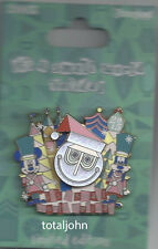 Disney DLR - It's a small world Holiday 2015 Pin