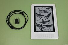 Amazon Kindle DX 4GB, (U.S. 3G), 9.7in (D00611) - White, with accessories