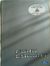 Ford Escort range brochure Aug 1981 Italian text