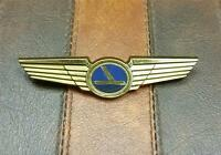 RARE VINTAGE * EASTERN AIRLINES Plastic Junior Pilots Wings Pin Stoffel Seals