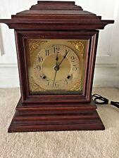Vintage Electric Mantle Clock! Wood Case SWEET