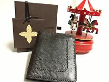 Louis Vuitton LV Utah Men's Compact Wallet