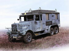 ICM 35467 Henschel 33 D1 Kfz.72 WWII German radio communication truck 1/35 model