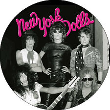 CHAPA/BADGE NEW YORK DOLLS . punk sex pistols cbgb heartbreakers thunders
