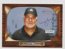2004 Bowman Heritage Autographed Baseball Card Larry Young Umpire