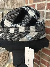 NWT BURBERRY BLACK AND GRAY WOOL NOVA CHECK BUCKET HAT SIZE M