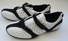 Tsubo Womens Black & White Athletic Shoe Sz 9 EU 39 EUC