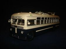 MTB 82 D Trolleybus  Ultra Models 1:43