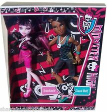 Festival de Música de Monster High Clawd Wolf & Draculaura 2 Muñeca Pack