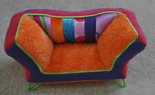 GROOVY GIRL Sofa or couch
