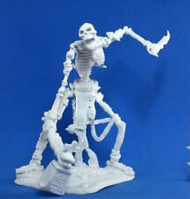 Esqueleto colosal-Reaper Miniatures Dark Heaven Bones - 77116