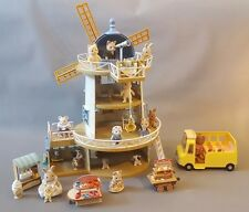 Sylvanian Families Field View Windmill Rabbit Family Sweet, Shoe Ice Cream Shop