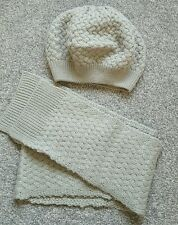 Girls Mini Boden Hat Scarf Set Grey Cable Knit Age 11-12 Beret Style. Brand new