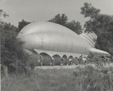 WWI PHOTOGRAPH OF MARINES ATTACHING SANDBAGS TO BLIMP -PARRIS ISLAND, SC