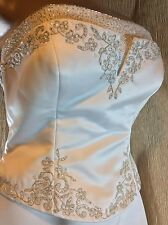PRONOVIAS~Barcelona Alcanar Wedding Dress~Beaded Floral Bodice~Strapless~Size 10