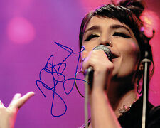 Jessie WARE SIGNED Autograph 10x8 Photo AFTAL COA English Singer Songwriter