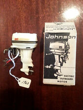 VINTAGE JOHNSON 40 HP ELECTRIC TOY  OUTBOARD BOAT MOTOR  Original Box Evinrude