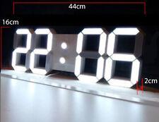 LED Wanduhr 3D Ziffern groß Uhr Wecker Temperatur Anzeige neues Modell weiß