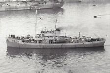 rp14859 - Royal Navy Trawler - HMS Hunda , built 1942 - photo 6x4