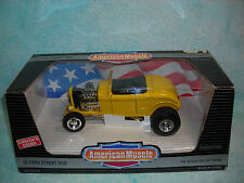 1/18 1932 FORD STREET ROD IN REAL YELLOW BY ERTL AMERICAN MUSCLE.