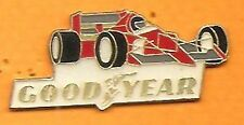 pin's pins   Good Year F1 voiture de course Signé Sauvagine