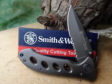 Couteau Smith&Wesson Oasis Gray Lame Serrat Acier Carbone/Inox titane SW423GS