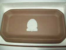 VINTAGE RARE WEDGWOOD JASPERWARE BROWN WITH  SEA SHELL OBLONG TRAY J3600 3769