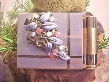 Vintage Compact- Makeup Compact -Lipstick Holder & Tube Deco Front Gold Metal