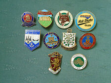 COLLECTION OF10 DIFFERENT ENAMEL BOWLS BOWLING PIN BADGES - LOT 1