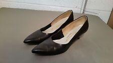 vintage pointy toe kitten heel women's pumps shoes ~ Size 9 AA