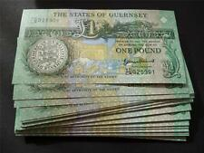 GUERNSEY 2013 THOMAS DE LA RUE ONE POUND NOTE  UN-CIRCULATED 1ST WEDDING GIFT.