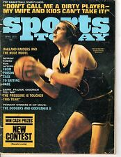 1975 (Apr.) Sports Today, Basketball magazine, Rick Barry, Golden State Warriors