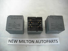 KIA CARENS 2002-2005   GENUINE  RELAYS  X 3  0K 2A1 67 740