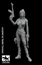 BLACK DOG F35155 1/35 POST APOCALYPTIC WOMAN N°2 RESIN FIGURE