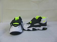 New! Toddlers Nike Shoes Air Speed Turf  535737-101 Size 8 WhiteVoltBlack 29A