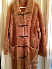 Womens shear winter coat style ITALY size:M pre-owned.