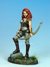 Female Archer DSM 7311 Visions in Fantasy - Dark Sword Miniatures Pewter Bow