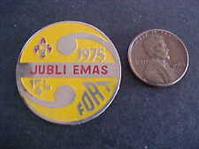 1975 Jubli Emas Fort Enamel Scouts Badge