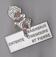 Pin's football / Entente Bagneaux Nemours St Pierre (équipe EBNSP Seine & Marne)