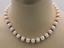 Perlenkette - weiße runde China-Zuchtperlen mit Rubin Halskette  46,5 cm