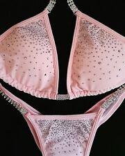 Brillante rosa di cristallo della concorrenza Bikini